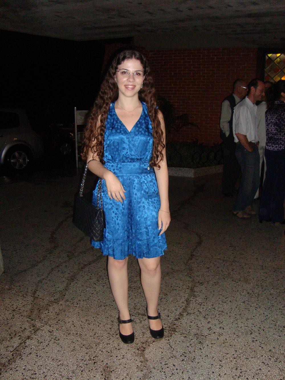 Vestido azul royal para missa de formatura