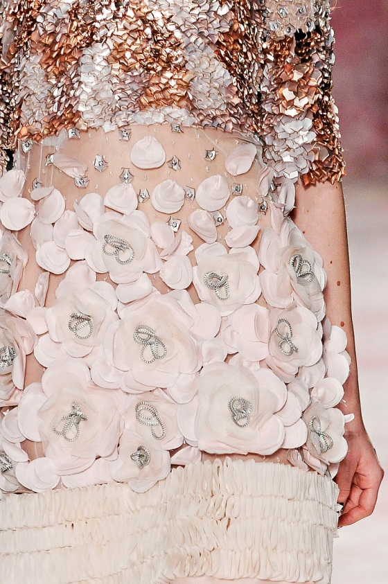prabal gurung fall 2011 flowers