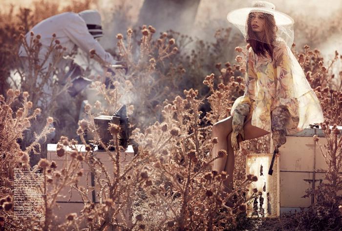 Vogue-Australia-April-2013-11