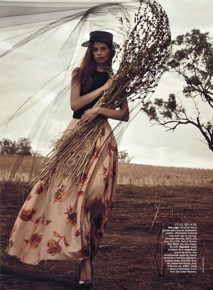 Vogue-Australia-April-2013-2